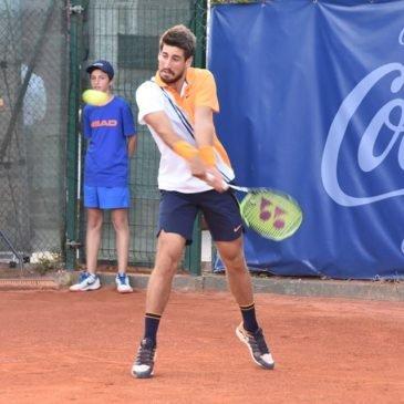 Orlando Luz fica nas quartas de final no Future de San Sebastian