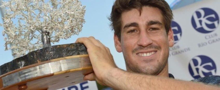Orlando Luz conquista título de simples e duplas e alcança melhor ranking da carreira
